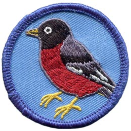 This circular patch shows a red bodied robin with a black cap and grey wings with a black stripe.