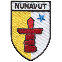 This shield holds a red inuksuk—a traditional Inuit land marker—and a blue star, which represents the Niqirtsuituq, the North Star, and the leadership of elders in the community. The colours blue and yellow represent the riches of the land, sea and sky.